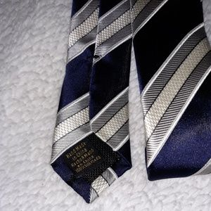 Donald Trump Signature Collection neck tie